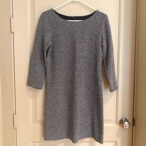 Theory three quarter sleeve shift dress